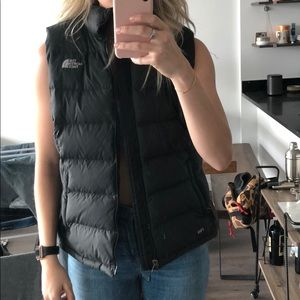 North face black puffer vest size large